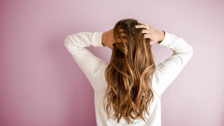 TACKLING HAIR LOSS IN 5 NATURAL STEPS